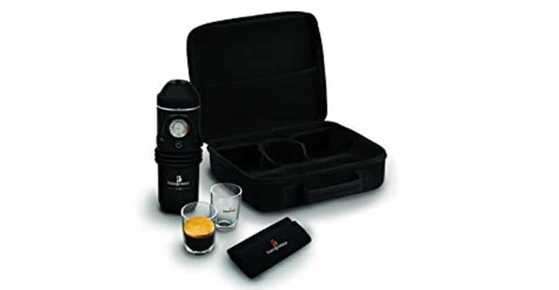 Top of the range in the car, the Handpresso Auto 48266 box set
