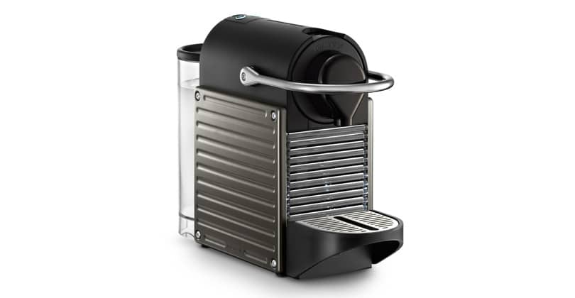 Compact and backlit, the compact Nespresso Pixie